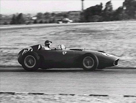 Allison in his Ferrari D246 during the 1960 Argentine Grand Prix