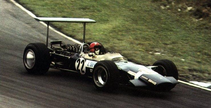 Jo Siffert in the Lotus 49B