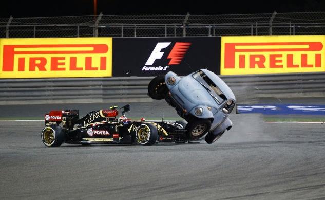 Maldonado refuses to budge on contract with Lotus – Race Car Sponsorship Contract