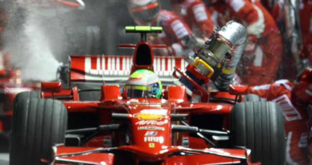 Ferrari Singapore nightmare gift Hamilton the title